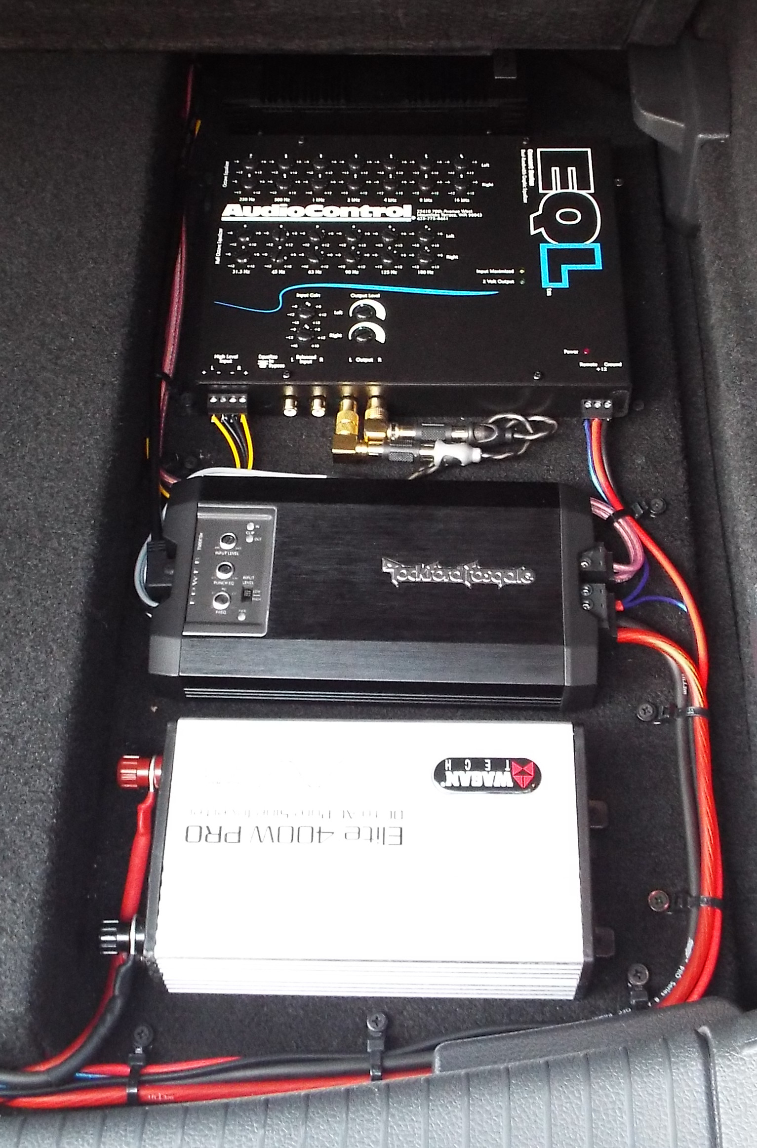 500W Subwoofer System   Stealth GTI