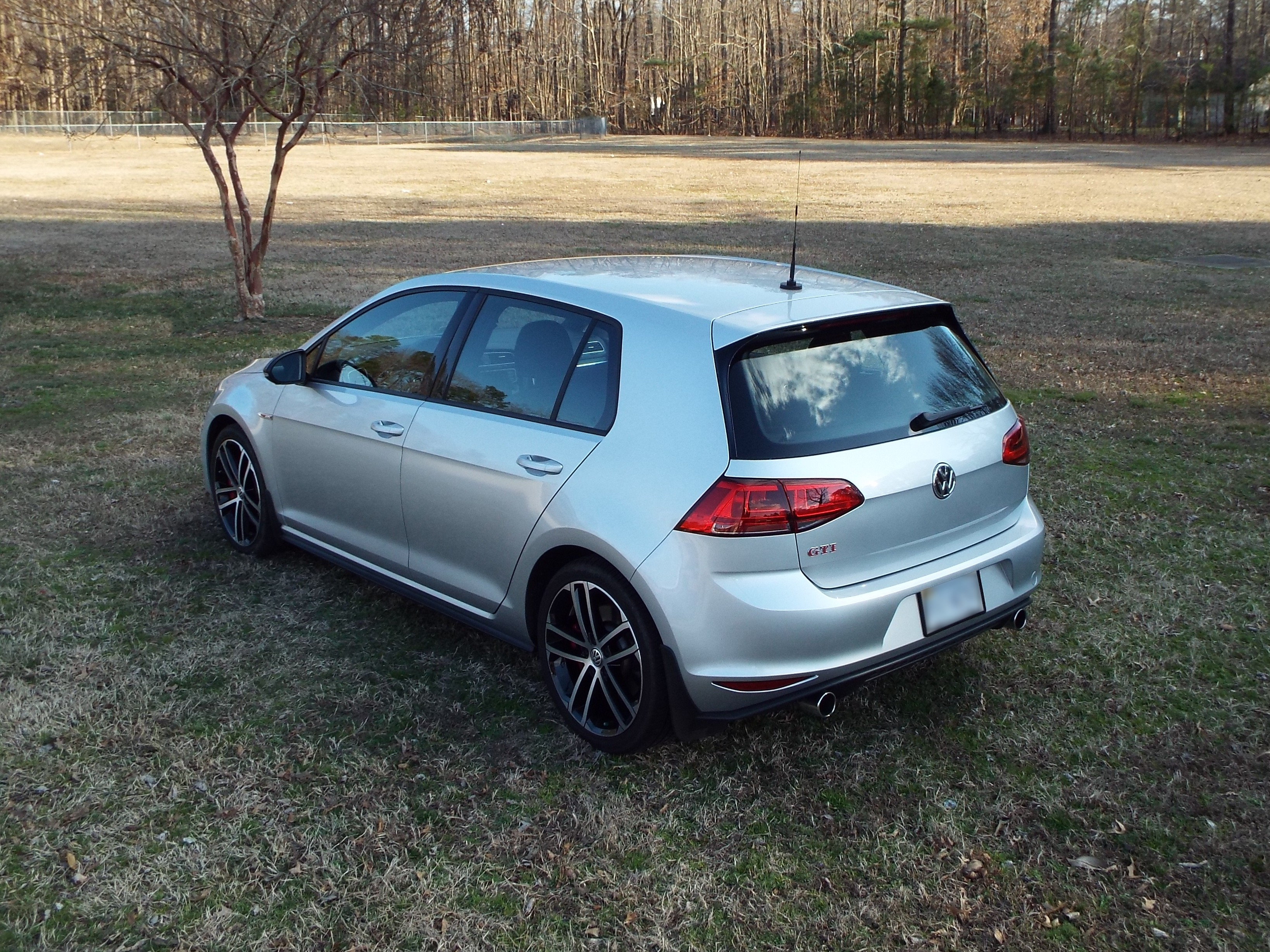 pedal comes here gti golf clubsport the boasts used news up metal to volkswagen