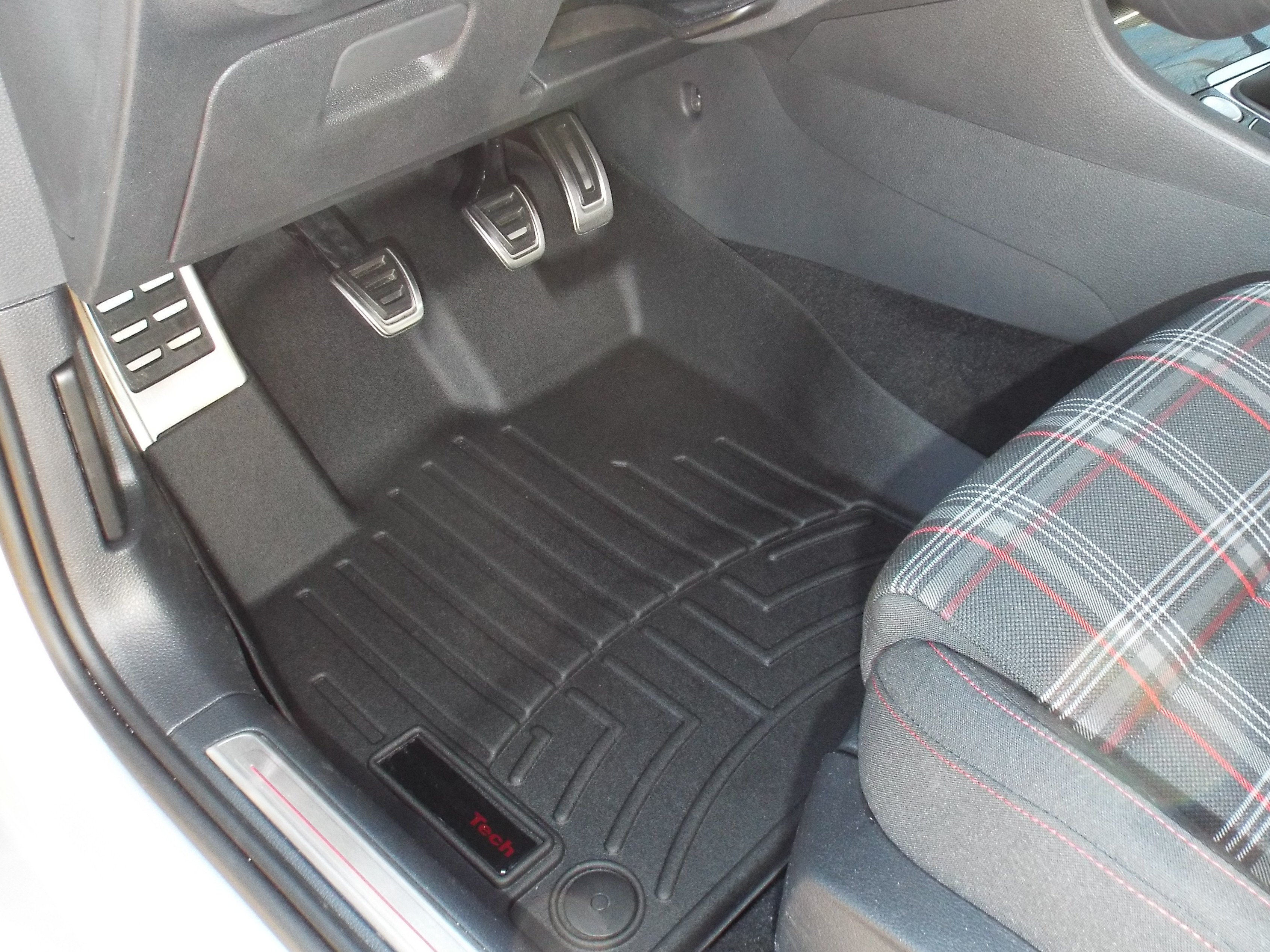 i love weathertech floor mats theyu0027re molded to fit the exact contours of the floor and protect more than standard floor mats or even the factory